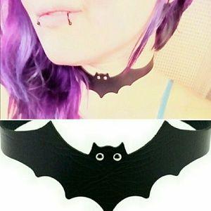 🎃🆕Dolls Kill, Bat Choker